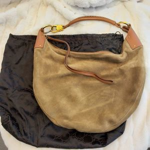Gucci green suede hobo bag with pouch